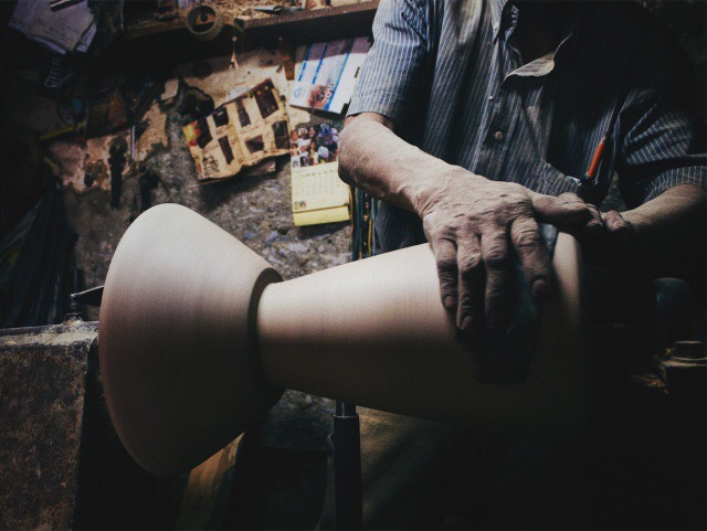 carmworks handmade stool colombia